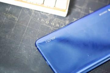 手机附属品的3c数码配件演变为个性化生活理念的艺术品